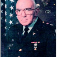 Fig. 1. Juan Carlos Pisarello con el uniforme de Teniente Coronel del Cuerpo Médico de los Estados Unidos de Norteamérica. Año 1998.